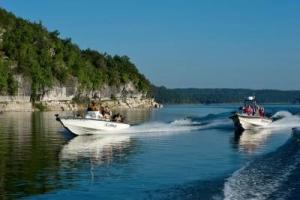 Boating on Norfork Lake