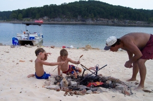 Campfire lunch at sandy beach Norfork Lake